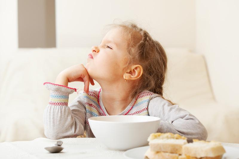 Psychothérapie pour enfant difficultés dans l'alimentation avec Claire Dahan Psychologue, Psychothérapeute